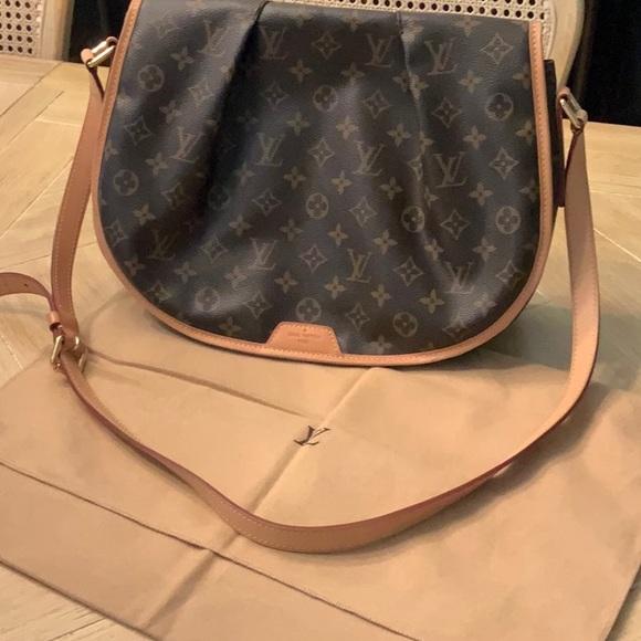 466fd81ec8c1 Louis Vuitton Handbags - Used LV Saddle bag